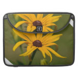 Black Eyed Susan Solitude Sleeve For MacBook Pro